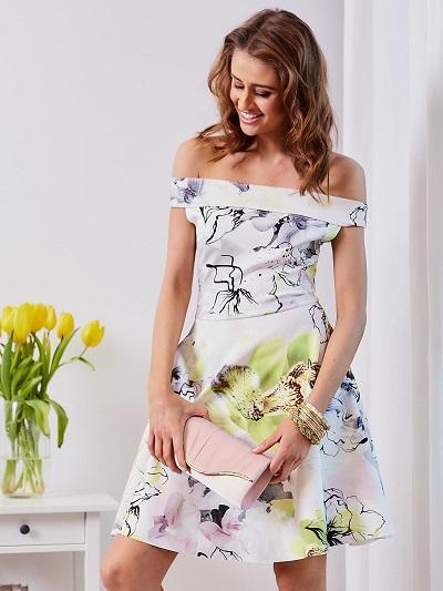 2ddc59b8ac Sukienki letnie  najciekawsze modele - blog merenge
